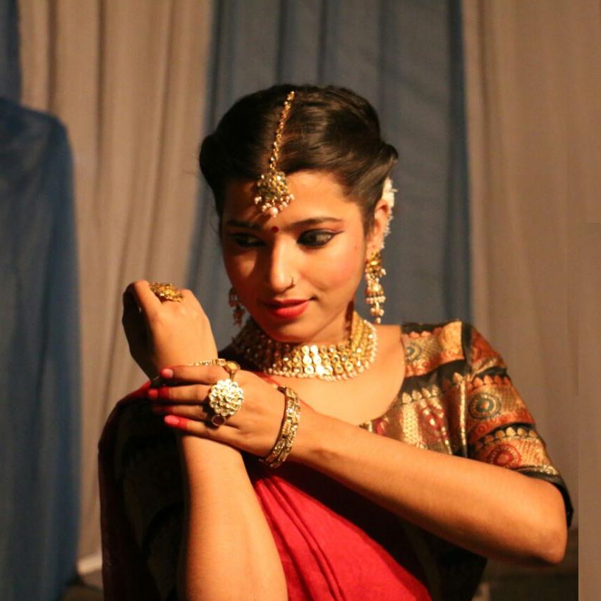 Neha-pal-kathak-instructor
